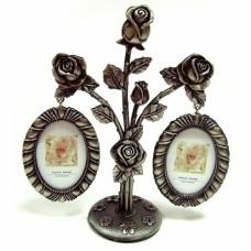 Рамка для фото в виде букета роз с стразами в основании